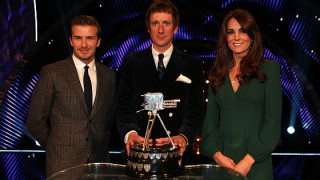 Bradley Wiggins wins BBC Sports Personality of the Year Award