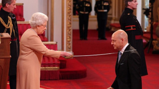 British Cycling's Brailsford, Kenny and Rowsell receive Queen's honours for services to cycling