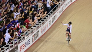 Trott gives Great Britain fans final treat with omnium gold in London