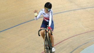 Trott battles back to enter omnium medal mix at worlds