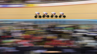 Great Britain's pursuiters qualify fastest as UCI Track Cycling World Championships begins