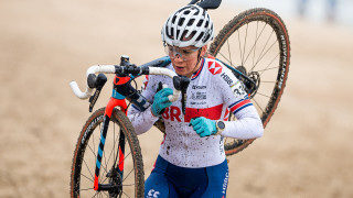 Evie Richards and Ben Turner in the top ten on Day One of the UCI Cyclo-Cross World Championships