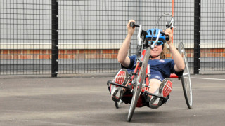 British Cycling hosts para-cycling session in Tameside