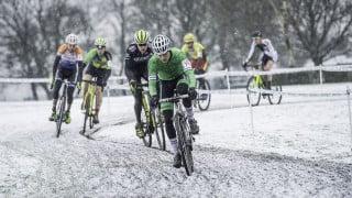 Top 10 tips for keeping your hands warm on the bike