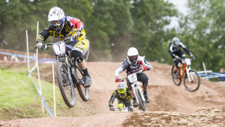 Curd and Beaumont continue Schwalbe British 4X Series dominance at Redhill