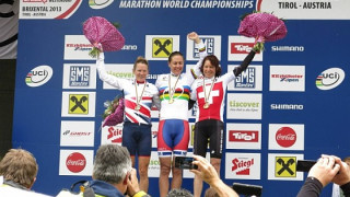 Sally Bigham wins silver at World Marathon Championships