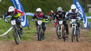 Murray and Beaumont strike first in British Four Cross Series