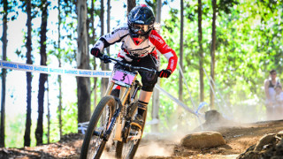 Manon Carpenter dominates UCI Mountain Bike World Cup DHI in Pietermaritzburg