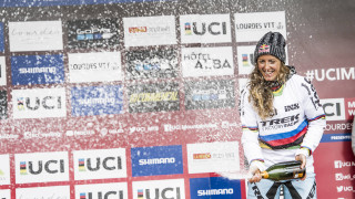 Atherton extends record with victory at UCI Downhill Mountain Bike World Cup