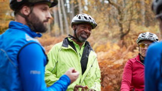 Survey reveals two in five British adults find it hard to make friends, as British Cycling urges riders to saddle up together with HSBC UK Ride Social