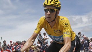 Wiggins defends yellow jersey as Froome makes it Tour de France 1-2 for Team Sky