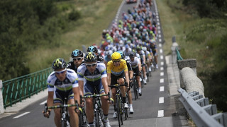 Wiggins mixes it with the sprinters in Le Cap d'Agde