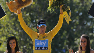 Bradley Wiggins makes history as first British Tour de France winner