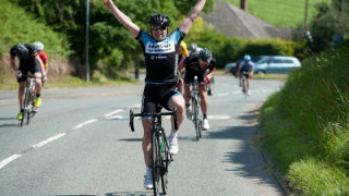 Road: Pidcock and Tate win in Yorkshire