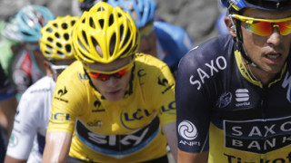 Froome keeps Tour de France lead despite late drama on stage 16