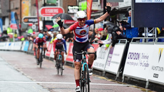 Wins for Briggs and Harris as Tour Series reaches Croydon