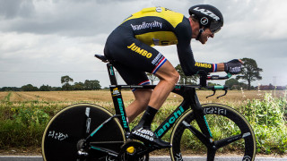 Tour of Britain: Boom beats the clock to win stage five