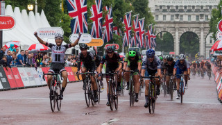 Coryn Rivera wins RideLondon Classique on the rain-soaked streets of the capital