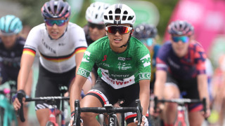 Coryn Rivera takes OVO Energy Women's Tour title as Rowe digs deep in Wales