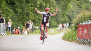 Harnden speeds to imperious solo victory in Scarborough
