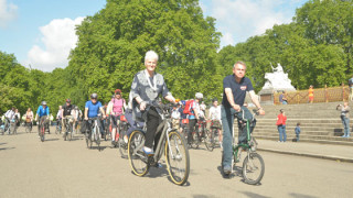 Boardman attends annual MPs bike ride to lobby parties to #choosecycling