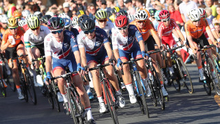 Barnes finishes 14th in elite women's road race