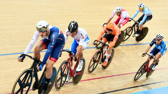 What is the scratch race?