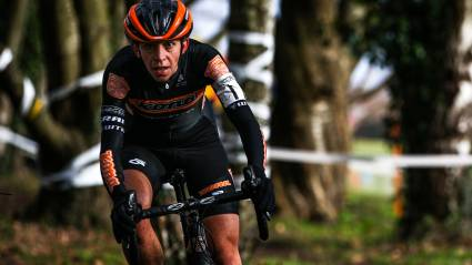 Wyman wows with ninth place at Jingle Cross Iowa City