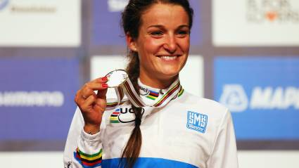 Great Britain's Lizzie Armitstead wins road world title in Richmond
