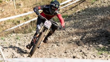 Carpenter and Hart take the HSBC UK | National Downhill Series spoils at spectacular Fort William