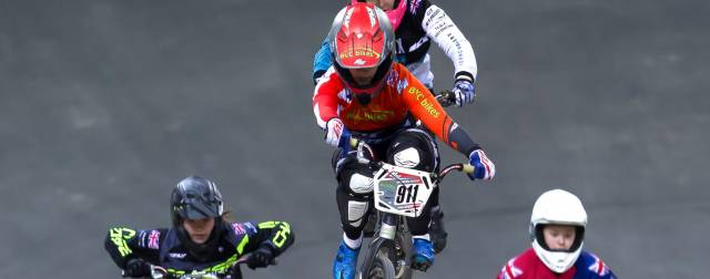 Shriever and Whyte make dream start in HSBC UK | BMX National Series