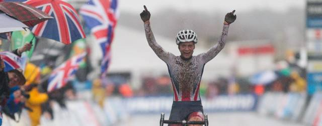 Evie Richards storms to inaugural under-23 women's cyclo-cross world title