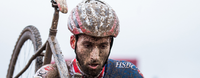 Tough day for Field and Harding at UCI Cyclo-cross World Championships
