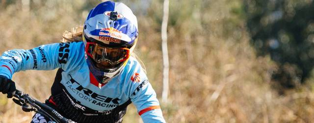 Entries open for 2017 UCI MTB Downhill World Cup season