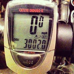 Image of Bradley Howard's cycle computer registering 3002 miles of cycle commuting