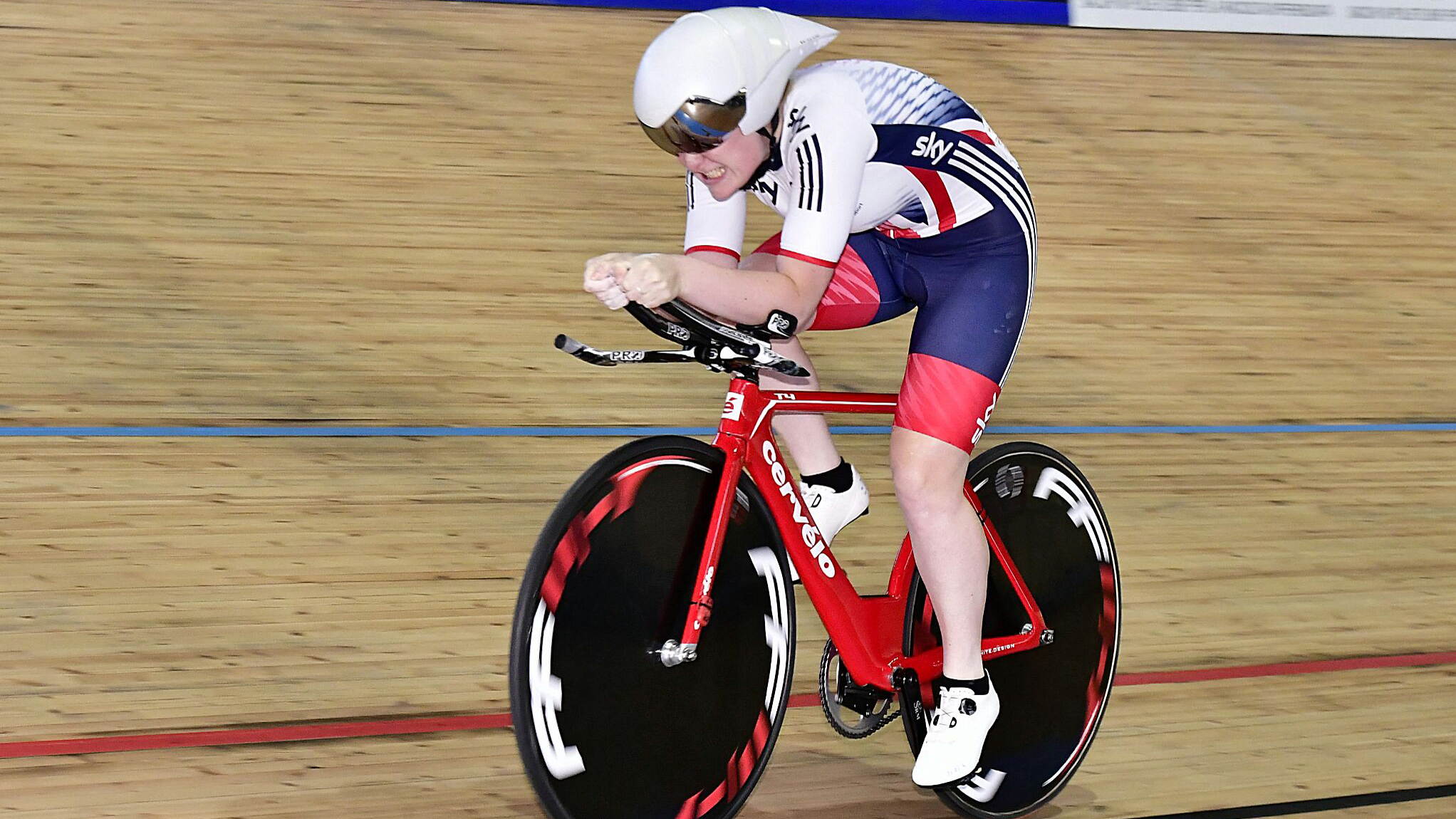 Emily Kay wins under-23 omnium bronze at the European championships